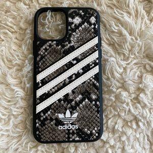 *BRAND NEW* Adidas iPhone 11 Pro snap case